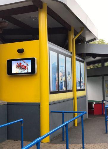 digital signage screens outdoor legoland theme park