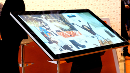 digital signage screens touch screen kiosk