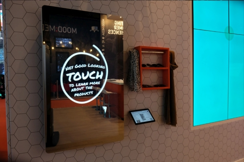 digital signage screens touch screen mirror retail